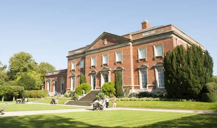 Best stately homes in England