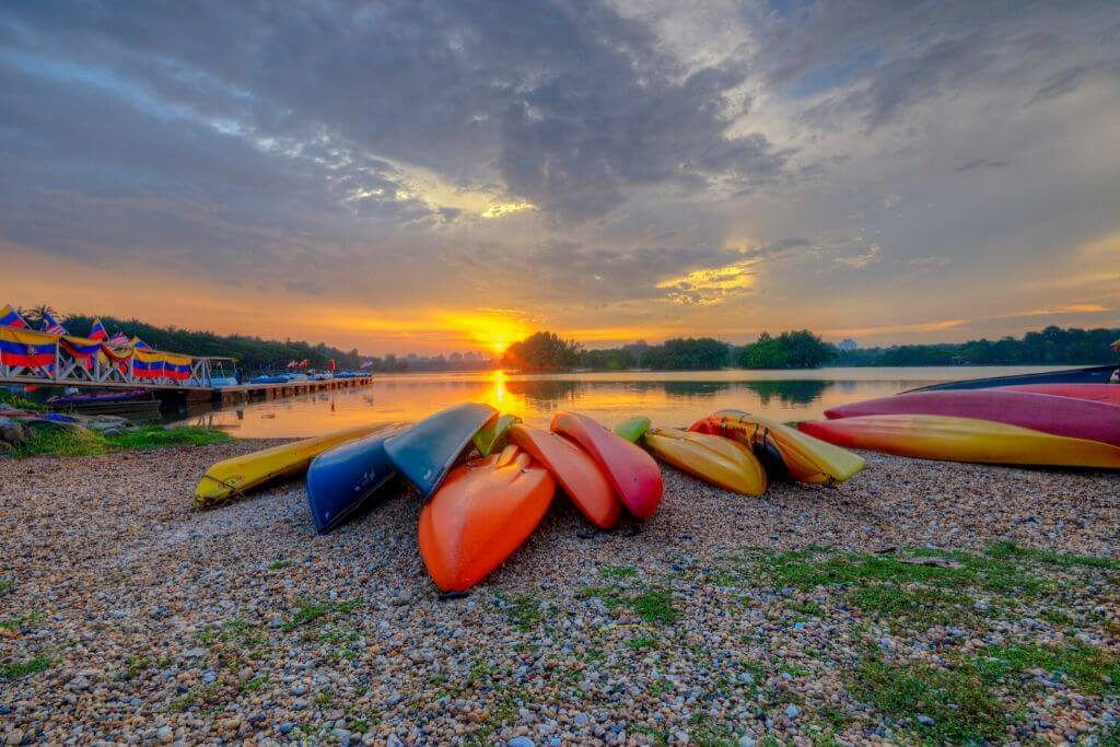 safe kayaking