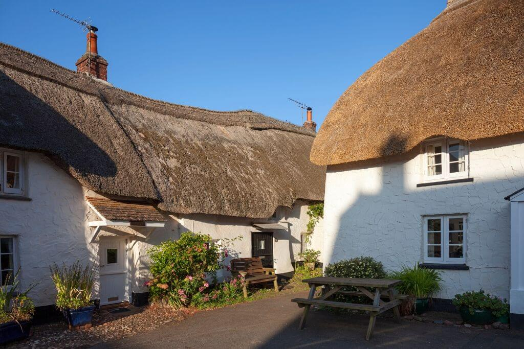 thatched cottage england