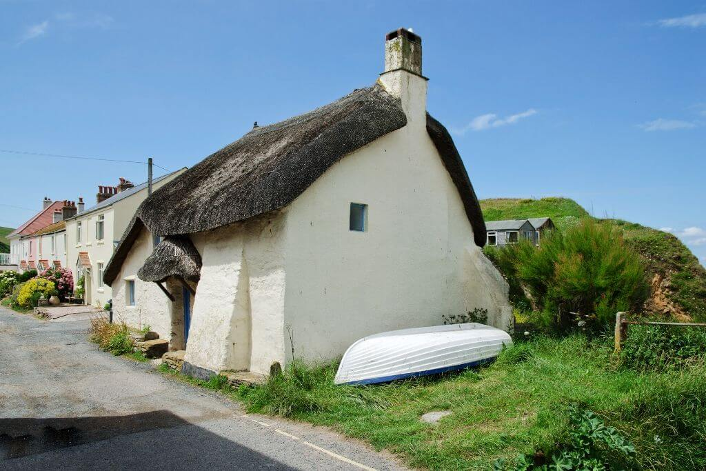 Devon thatched cottage