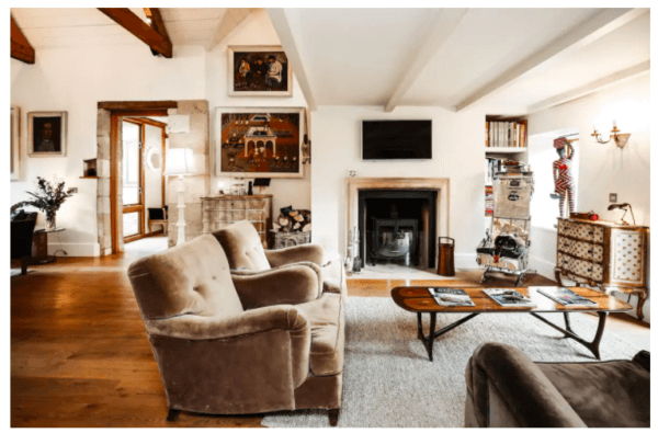 largest airbnbs in england