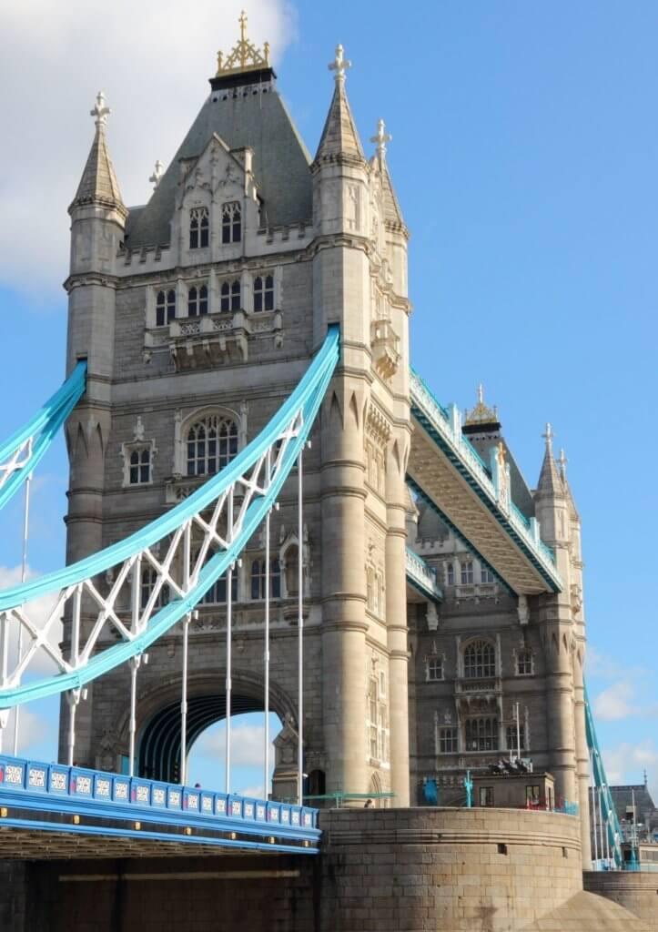 Quiz about London
