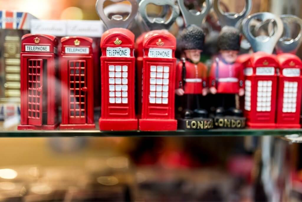 ornaments in london
