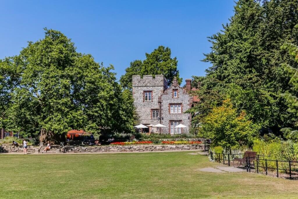 Gardens in Canterbury